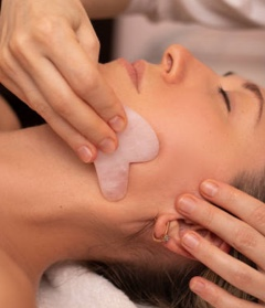 Lifting Gua Sha ®